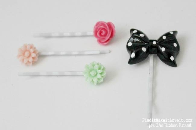 Easy DIY Resin Jewelry - The Ribbon Retreat Blog