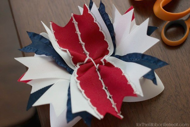 Anchors Away Patriotic Hair Bow - The Ribbon Retreat Blog