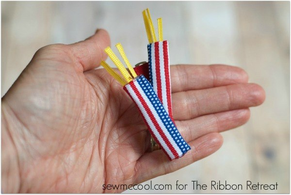 Ribbon Firecracker Hair Clip - The Ribbon Retreat Blog