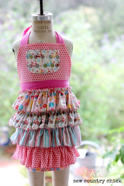 Girls Ruffled Apron - The Ribbon Retreat Blog