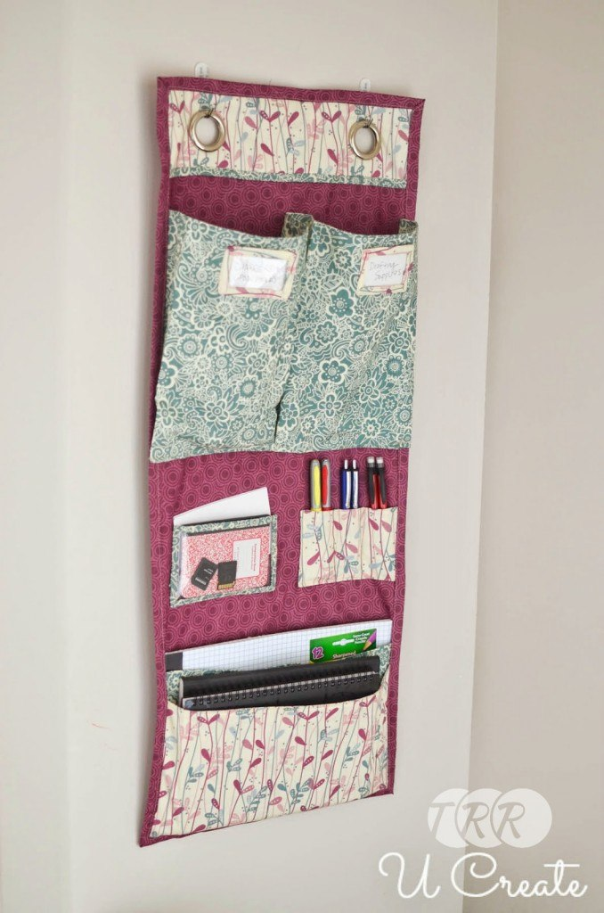 "DIY Undergrad Door Hanging School Organizer {A-Z Series, ""U""} - The Ribbon Retreat Blog"