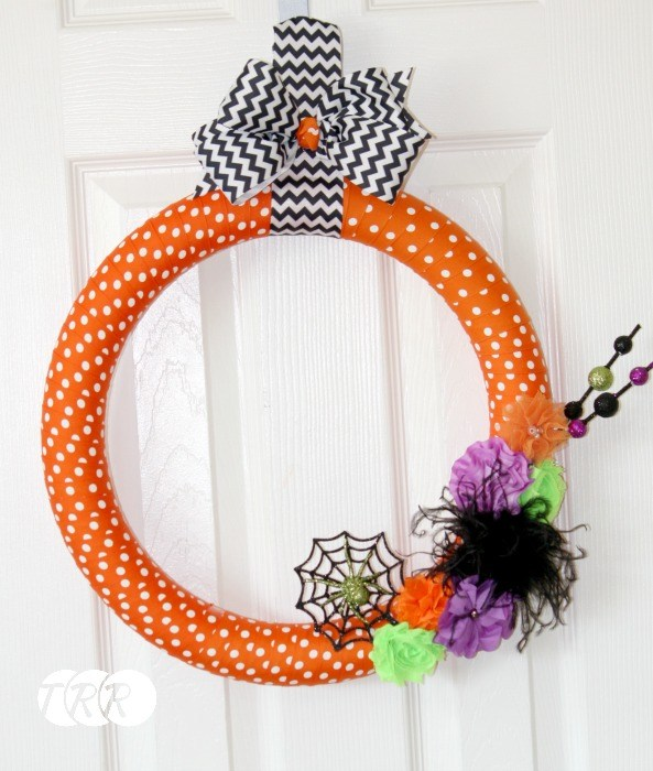 Halloween Ribbon Wreath - The Ribbon Retreat Blog