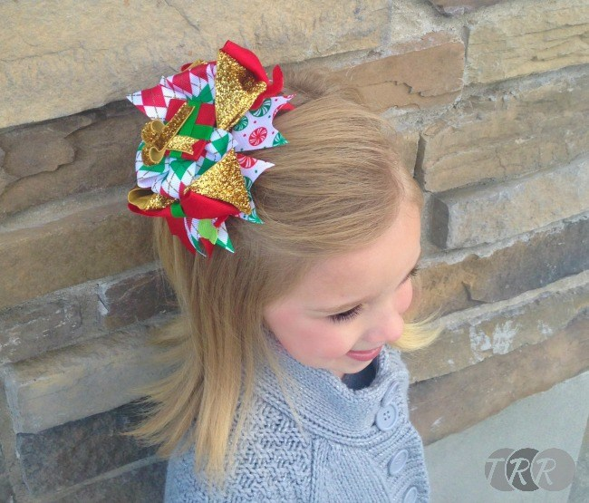 Christmas Present Bow - The Ribbon Retreat Blog