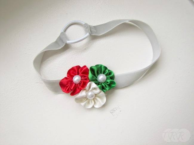 Christmas Flowers and Headbands - The Ribbon Retreat Blog