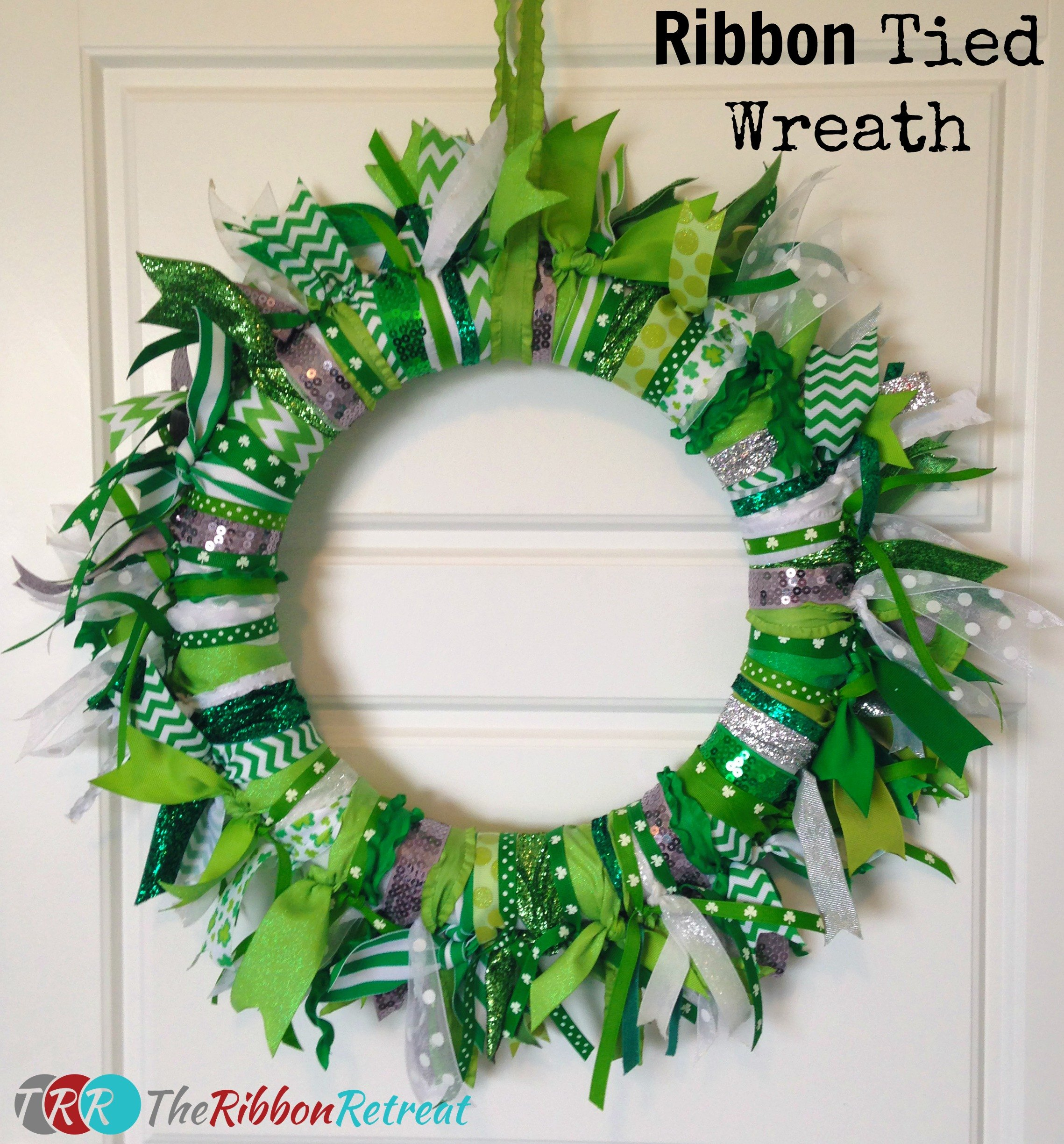how to make a wreath bow with wired ribbon
