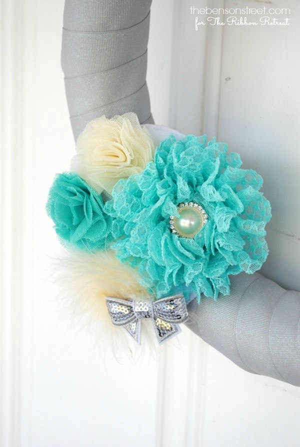 Swappable Flower Cluster Wreath - The Ribbon Retreat Blog