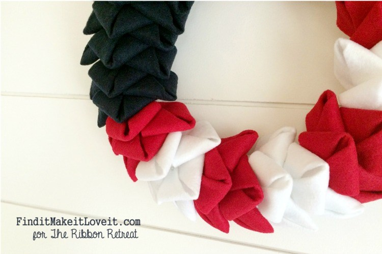Patriotic Felt Petal Wreath - The Ribbon Retreat Blog
