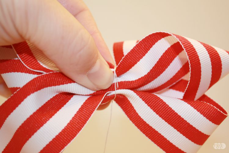 How To Make A Twisted Boutique Hair Bow - The Ribbon Retreat Blog
