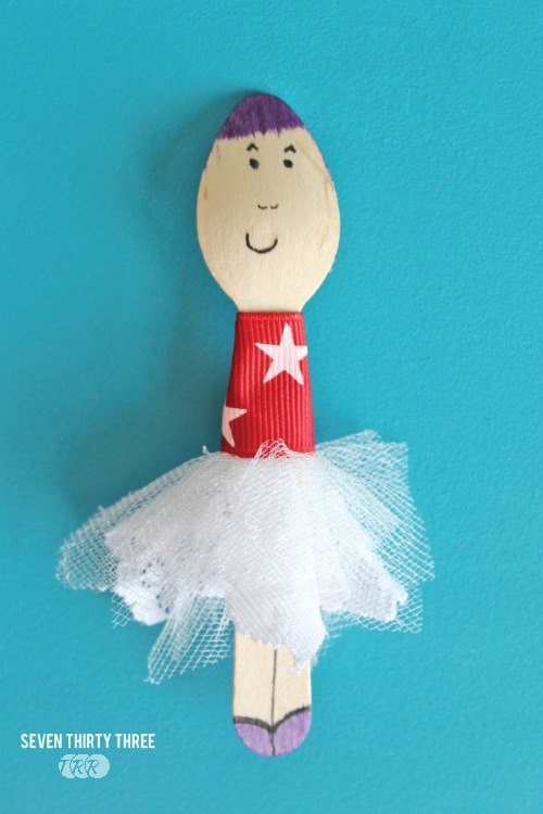 Patriotic Wooden Spoon Dolls - The Ribbon Retreat Blog