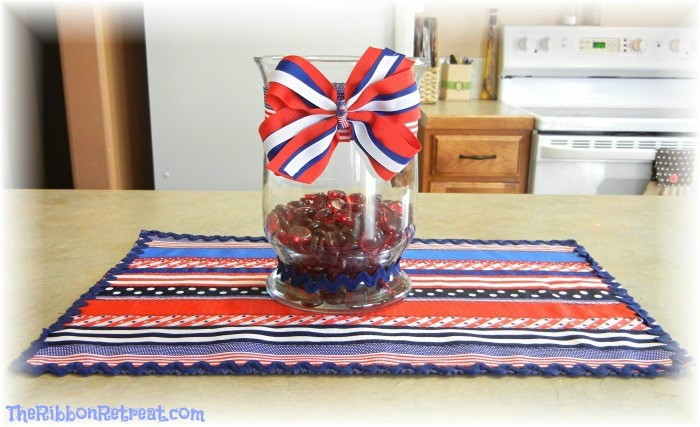 4th of July Placemat & Center Piece - {The Ribbon Retreat Blog}