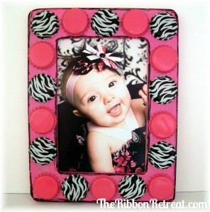 Bottle Cap Frame - {The Ribbon Retreat Blog}