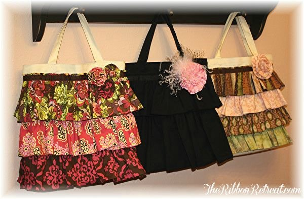 Canvas Ruffle Bag - {The Ribbon Retreat Blog}