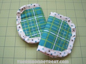 Car Seat Belt Covers - {The Ribbon Retreat Blog}