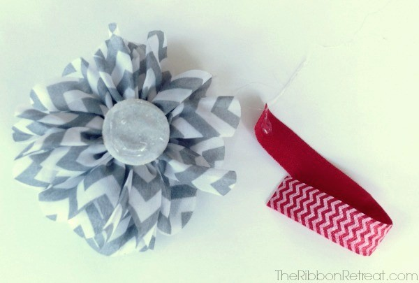 Chevron Flower Christmas Ornament - The Ribbon Retreat Blog
