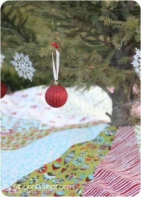 Christmas Tree Skirt And A Free Pattern The Ribbon Retreat Blog
