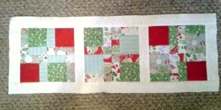 Christmas Table Runner - The Ribbon Retreat Blog