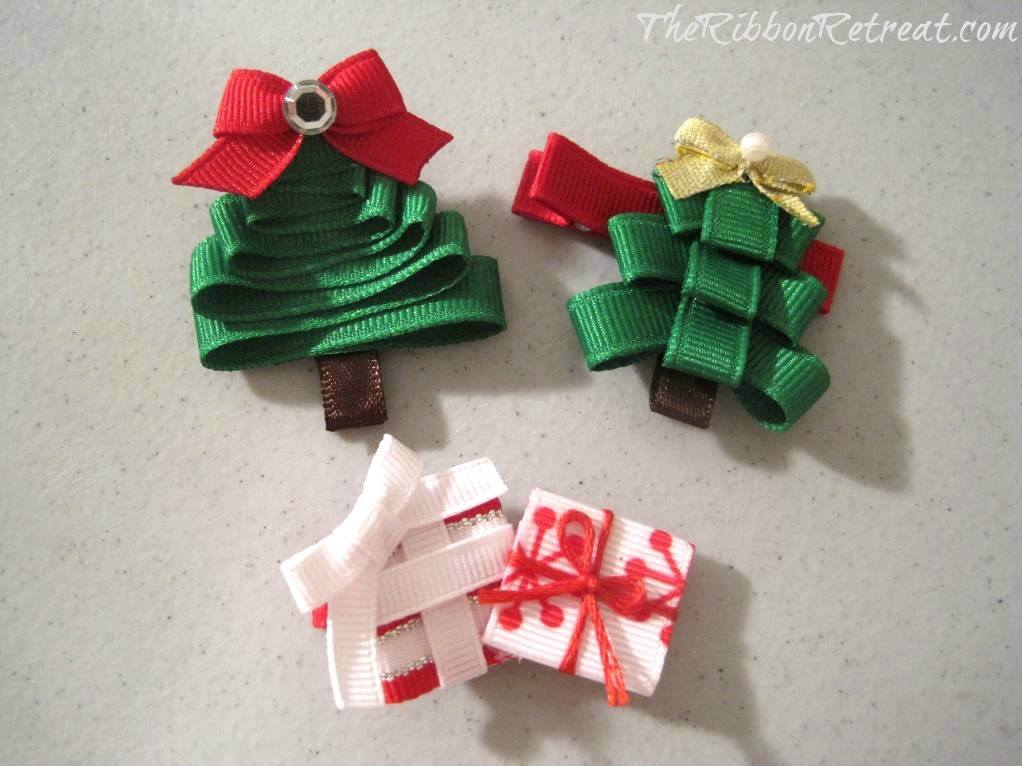 Christmas Tree Ribbon Sculpture - {The Ribbon Retreat Blog}