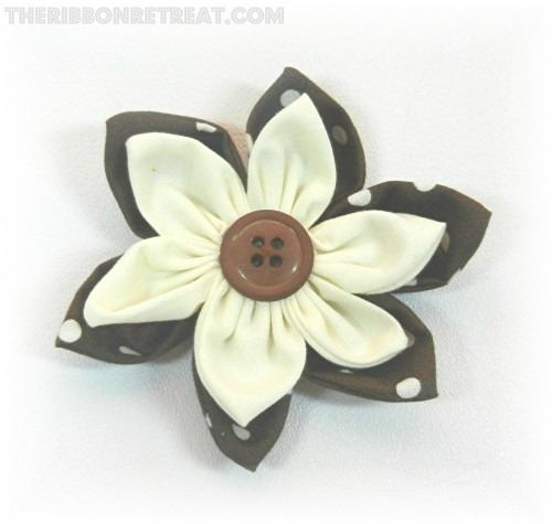 Double Layer 6 Petal Flower - {The Ribbon Retreat Blog}