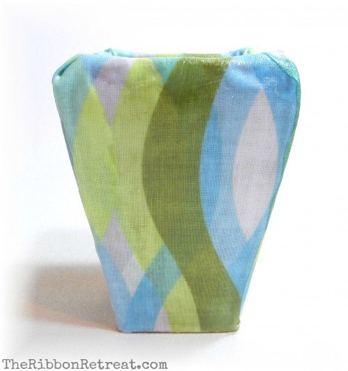 Fabric Mod Podge Toothbrush Holder - {The Ribbon Retreat Blog}