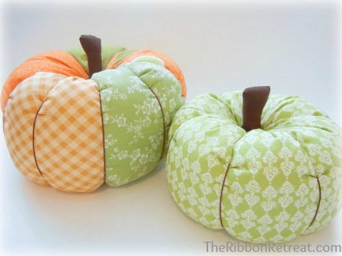 Fabric Pumpkins - {The Ribbon Retreat Blog}
