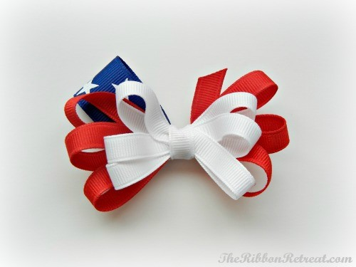 Flag Bow How-To - {The Ribbon Retreat Blog}