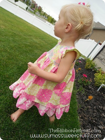 Flowy Flutter Dress - The Ribbon Retreat Blog