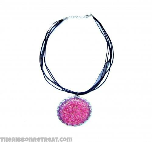 Glitter Jumbo Bottle Cap Necklace - {The Ribbon Retreat Blog}