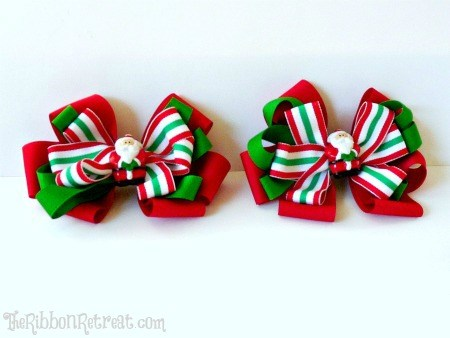 Here Comes Santa Claus Bow - {The Ribbon Retreat Blog}