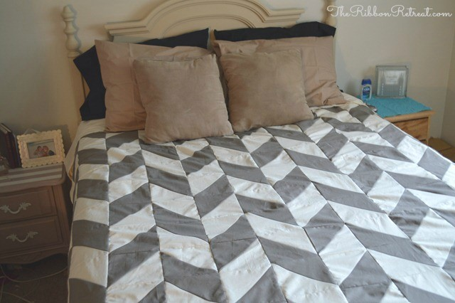 Herringbone Quilt Tutorial - The Ribbon Retreat Blog