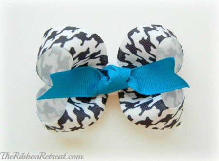 How To Make A Twisted Boutique Bow - {The Ribbon Retreat Blog}