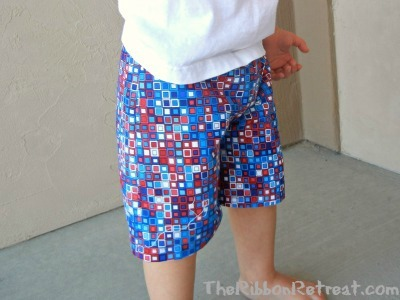 How To Make Shorts or Pants - {The Ribbon Retreat Blog}