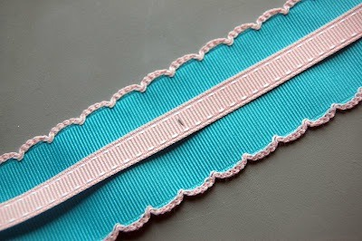 "Mark every 6"" apart on the small ribbon and sew it to the big ribbon."