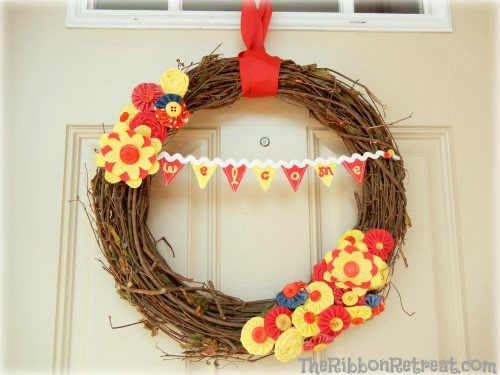 Interchangeable Wreath - {The Ribbon Retreat Blog}