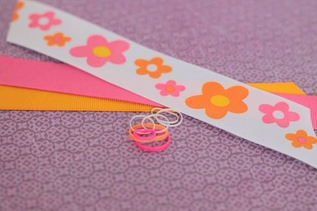 No Sew-No Glue Bow Tutorial - {The Ribbon Retreat Blog}