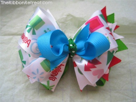 North Pole Satin Bow - {The Ribbon Retreat Blog}
