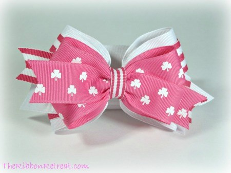 Pink St. Patty's Bow - {The Ribbon Retreat Blog}