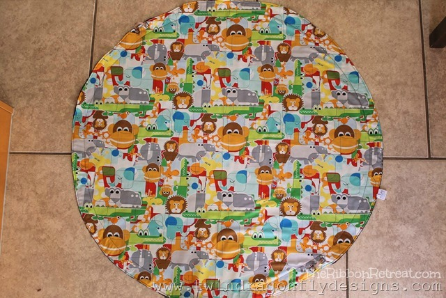 Play Mat Tutorial - The Ribbon Retreat Blog