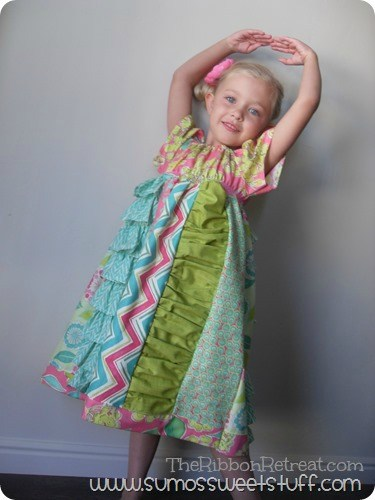Pretty Panels Peasant Dress - The Ribbon Retreat Blog