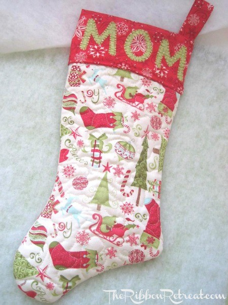 Quilted Christmas Stocking - {The Ribbon Retreat Blog}