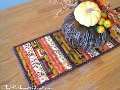 Quilted Table Runner - {The Ribbon Retreat Blog}