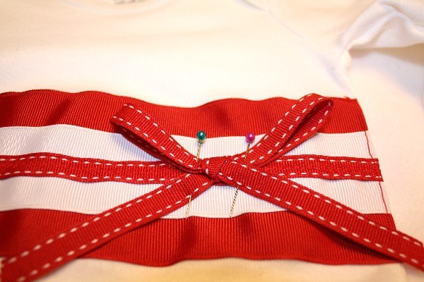 Ribbon & Onesie Makeover - The Ribbon Retreat Blog