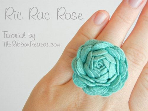 Ric Rac Rose Tutorial - TheRibbonRetreat.com