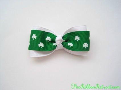 Simple St. Patrick's Day Bow - {The Ribbon Retreat}