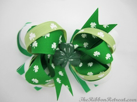 St. Patrick's Day Bow Feature - {The Ribbon Retreat Blog}