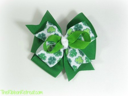 St. Patrick's Day Half Bow - {The Ribbon Retreat Blog}