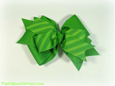St. Patty's Striped Bow - {The Ribbon Retreat Blog}