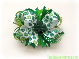 Stacked St. Patrick's Day Bow - {The Ribbon Retreat Blog}