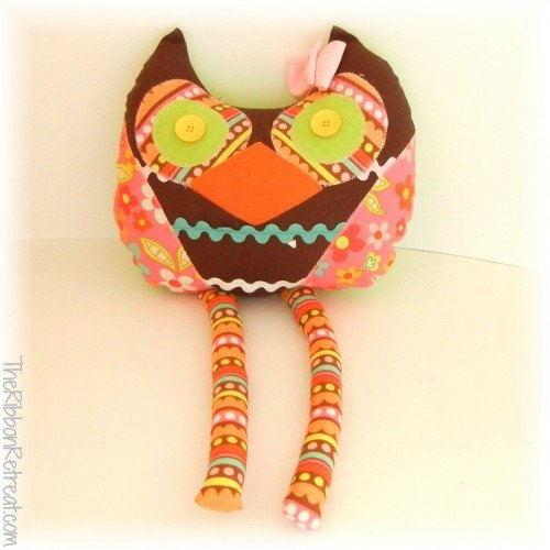 Stuffed Owl - {The Ribbon Retreat Blog}