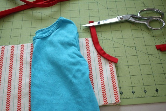 Use original pattern clothing for strap measurements.