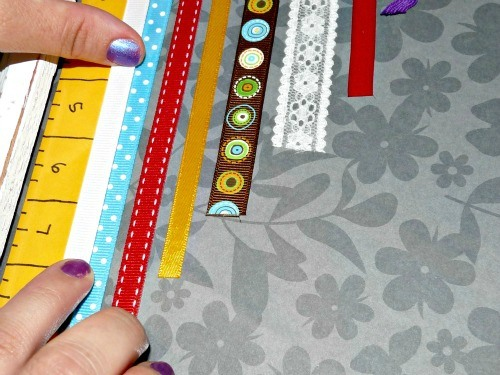 Line up your ribbon using the measurements.